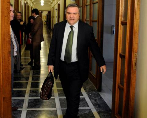 Καθυστέρηση του εκλογικού νόμου ανακοίνωσε ο Καστανίδης