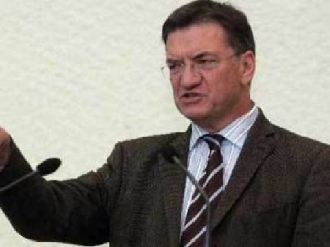 Ξανά Πρόεδρος του ΟΑΣΕ ο Πέτρος Ευθυμίου