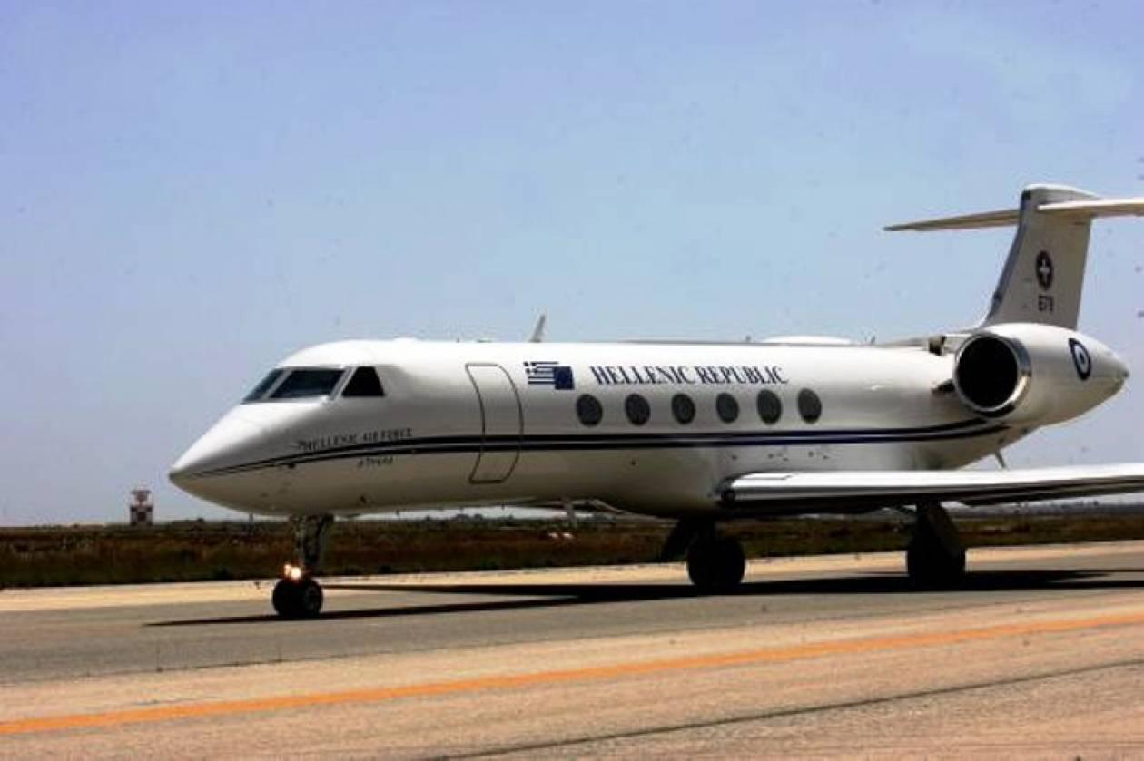 Με πρωθυπουργικό αεροσκάφος στις Βρυξέλλες ο Βενιζέλος