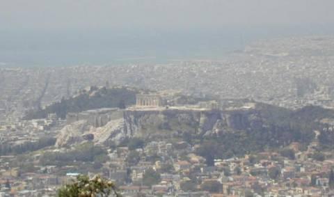 «Θάλαμος αερίων» η Αθήνα