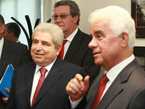 Έκτακτες συνομιλίες για το Κυπριακό
