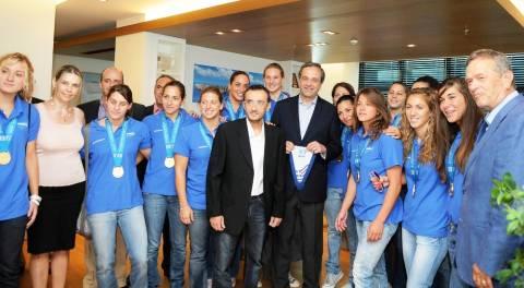 Σαμαράς: Ακουμπήσατε τις καρδιές όλων των Ελλήνων