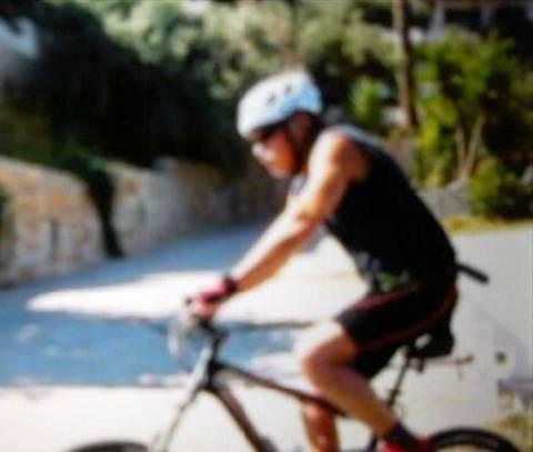 Άφησε το κανό κι έπιασε το ποδήλατο ο πρωθυπουργός