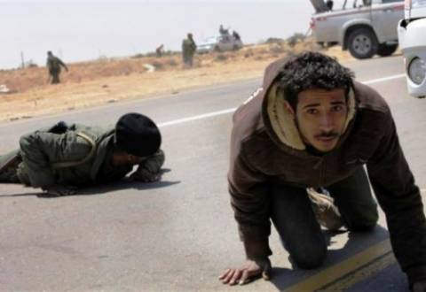 «Το ΝΑΤΟ να βρίσκεται σε επιφυλακή για τη Λιβύη»