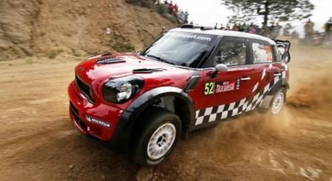 Εντυπωσιάζει το Mini WRC