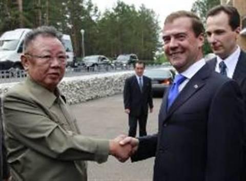 Ιστορικής σημασίας η συνάντηση Κιμ-Μεντβέντεφ