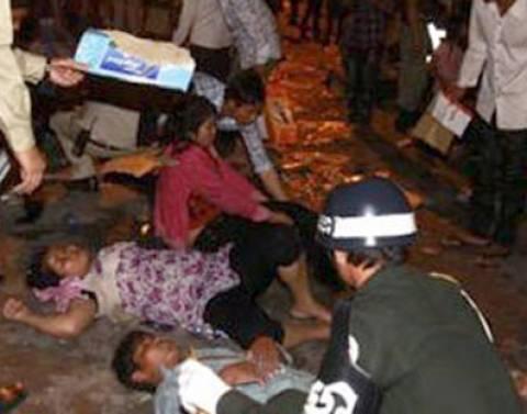 Μαζικές λιποθυμίες σε εργοστάσιο στην Καμπότζη