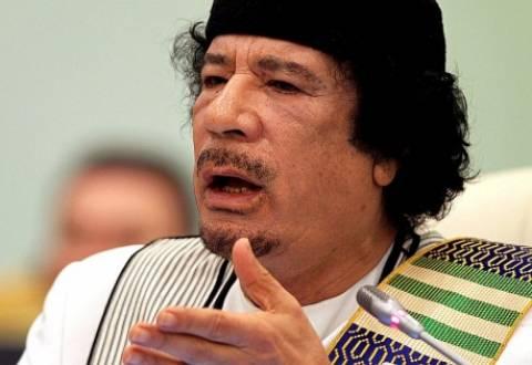 Ο Καντάφι επιχείρησε να αποτρέψει τους βομβαρδισμούς