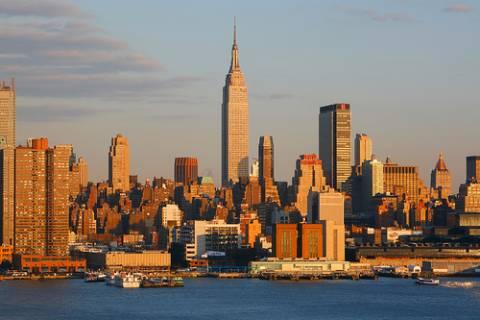 Η Αϊρίν εκκενώνει τη Νέα Υόρκη