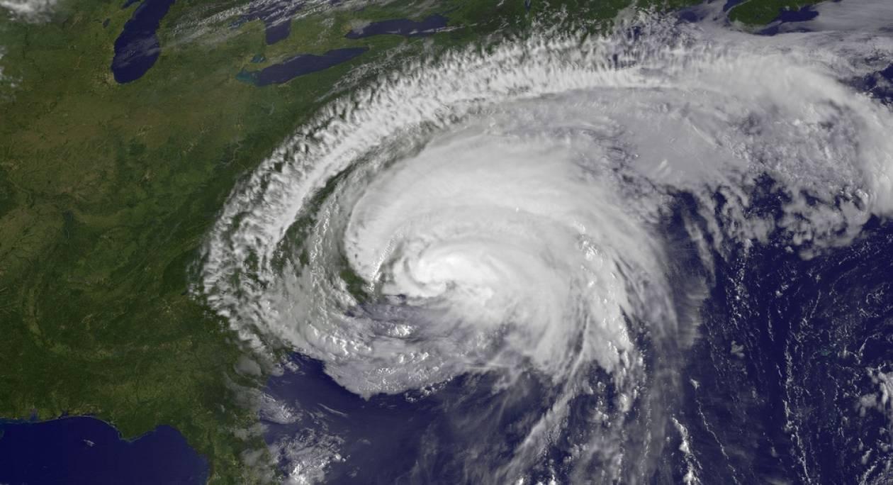 Εντυπωσιακές δορυφορικές φωτογραφίες του τυφώνα «Irene»