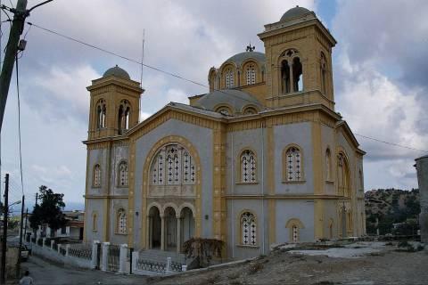 Εσπερινός τελέστηκε σε εκκλησία της κατεχόμενης Κύπρου
