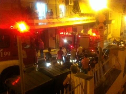 Πυρκαγιά αναστάτωσε το κέντρο της Λαμίας