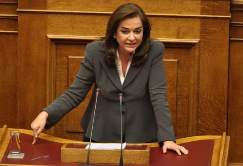 Εκλογές και κυβέρνηση συνεργασίας «βλέπει» η Nτόρα