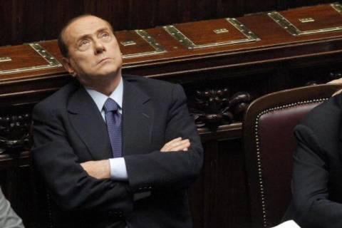 Ψήφο εμπιστοσύνης για τα μέτρα λιτότητας ζητά ο Μπερλουσκόνι