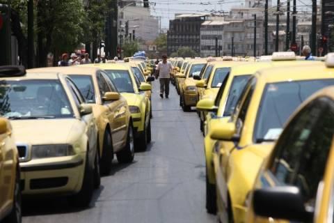 Ταξιτζήδες: Υπόσχονται «κίτρινη» πολιορκία στον Γιώργο
