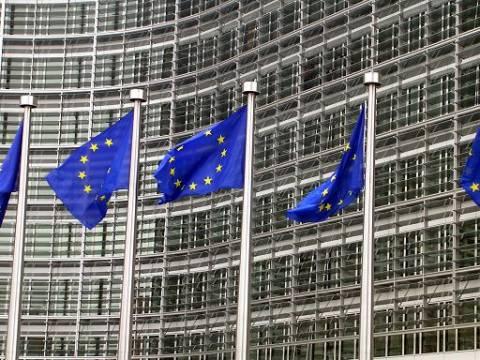 Επιπρόσθετα μέτρα ζητά από την Ιταλία η ΕΕ