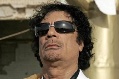 Ένταλμα σύλληψης της Ιντερπόλ για τον Καντάφι