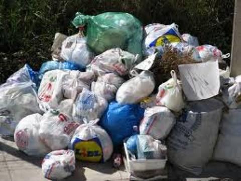 Πρόβλημα με την αποκομιδή των σκουπιδιών της Αθήνας