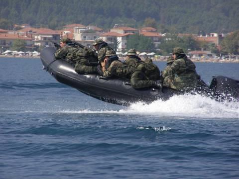 Σε επιφυλακή οι ένοπλες δυνάμεις