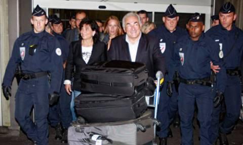 Αποχώρηση Στρος Καν από την πολιτική θέλουν οι Γάλλοι