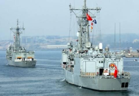 Η Τουρκία προειδοποιεί την Κύπρο με σκάφη του Πολεμικού Ναυτικού