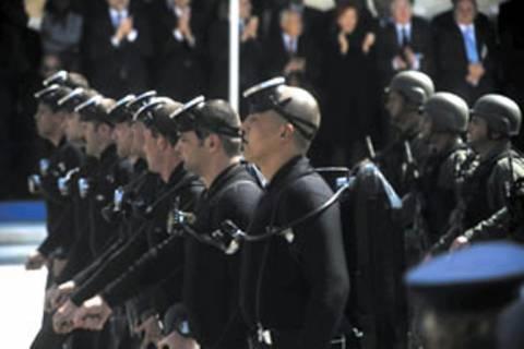 Στο Ναυτοδικείο 39 ΟΥΚαδες για υβριστικά συνθήματα σε παρέλαση