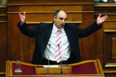 «Γαλλικά» και παραλίγο ξύλο στη Βουλή