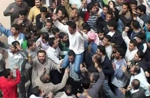 Συρία: Φιλοκυβερνητικοί επιτέθηκαν στο Γάλλο πρεσβευτή