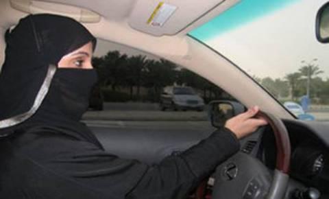 Ο βασιλιάς της Σαουδικής Αραβίας «γλύτωσε» γυναίκα από μαστίγωμα