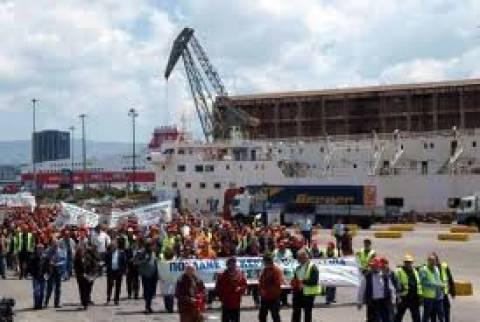 Απεργίες τον Οκτώβριο ετοιμάζουν οι ναυτεργάτες