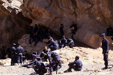 Δεκάδες νεκροί από βομβαρδισμό «κατά λάθος»