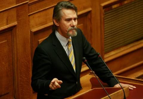 Κυβέρνηση εθνικής ενότητας ζητά ο Σαλαγιάννης