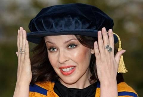 Το ντοκτορά της …Kylie Minogue!