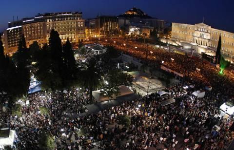 Μισό εκατομμύριο πολίτες στο πλευρό της Ελλάδας