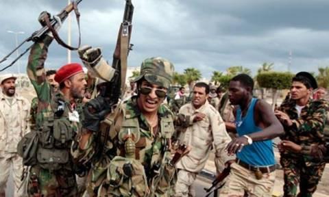 Λιβύη: «Πέφτει» και η Σύρτη