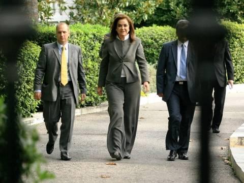 Στον Παπούλια με αίτημα υπερκομματικής η Ντόρα