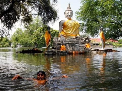 Ταϊλάνδη: Τεράστιο το οικονομικό κόστος λόγω των πλημμύρων