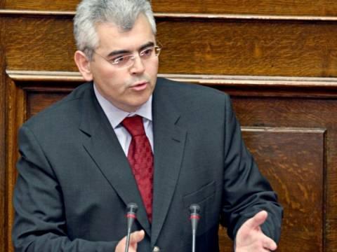 Μ.Χαρακόπουλος: Πειραματόζωο αποκρουστικών σεναρίων η χώρα