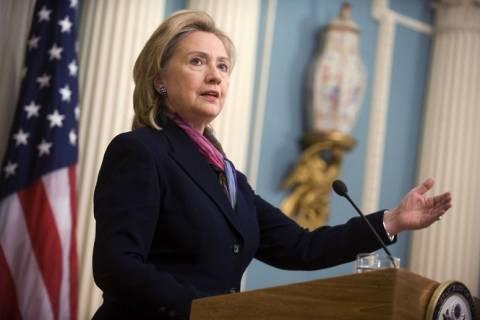 Στο Αφγανιστάν η Χίλαρι Κλίντον