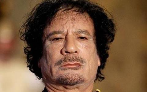 Στα χέρια των ανταρτών ο Καντάφι