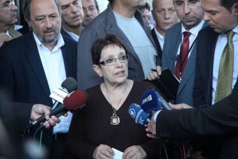 Η Παπαρήγα «δείχνει» τον ΣΥΡΙΖΑ ως υποκινητή των επεισοδίων