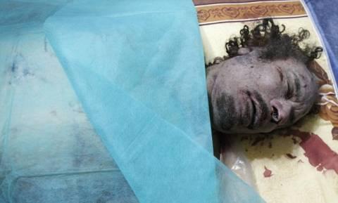 Σε καταψύκτη εμπορικού κέντρου η σορός του Καντάφι