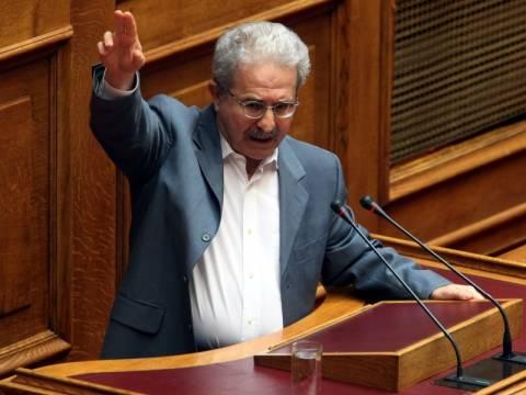 Μ. Ανδρουλάκης: Άτυπη συμπαιγνία Παπανδρέου-Σαμαρά