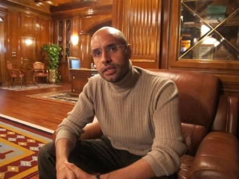 Στη Χάγη θέλει να παραδοθεί ο γιος του  Καντάφι