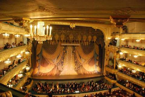Το θέατρο Μπολσόι ανοίγει ξανά αυλαία