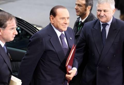 Μπερλουσκόνι: «Το περίεργο ευρώ δεν έπεισε κανέναν»
