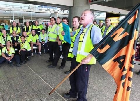 Τη Δευτέρα η απόφαση για τα καθηλωμένα αεροσκάφη της Qantas