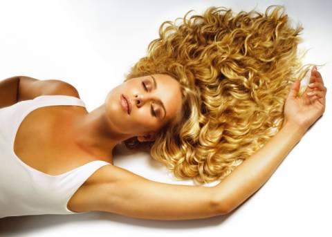 Έξι συμβουλές για «σωστά» μαλλιά σε συνεντεύξεις