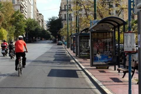 Σηκώνουν «χειρόφρενο»  λεωφορεία και τρόλεϊ