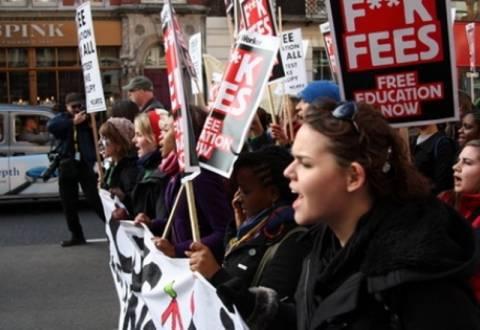 Φοιτητικές διαδηλώσεις και πάλι στη Βρετανία